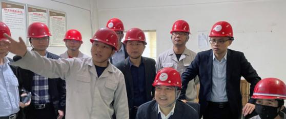 金贵银业综合回收厂银冶炼系统恢复生产
